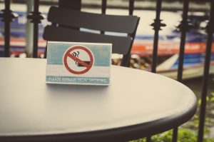 smoking sign in coffe shop